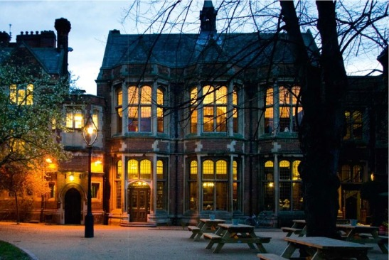 lossy-page1-800px-The_Oxford_Union_Main_Building