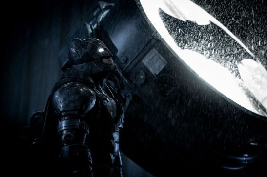 review-batman-v-superman-warner-bros.jpg